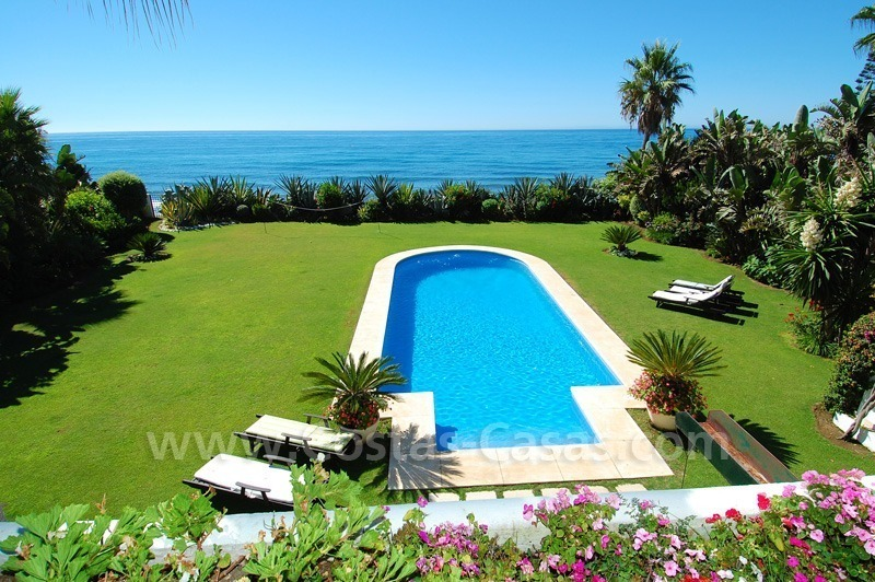 Exclusive frontline beach villa for sale, Marbella - Estepona