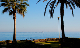 Beachfront apartment for sale - Golden Mile - Marbella 2