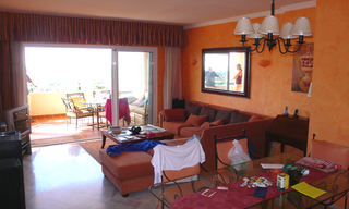 Beachside apartment for sale, Marbella East 4