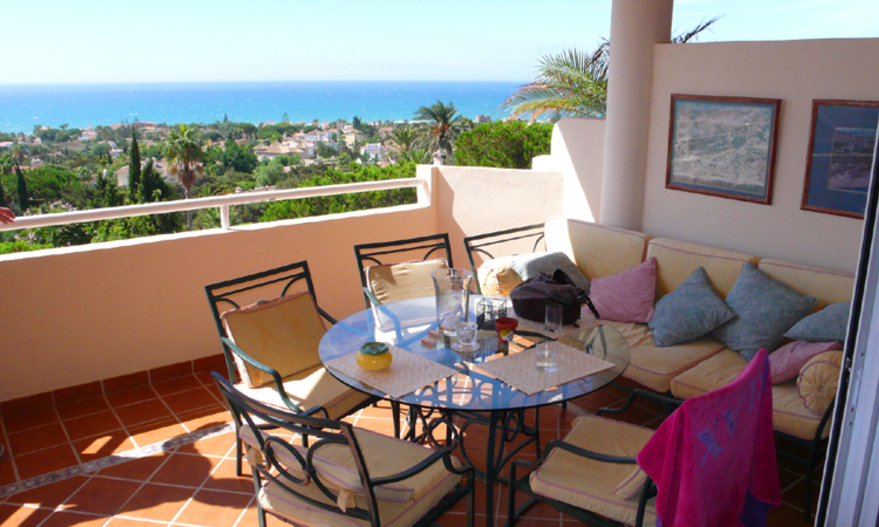 Beachside apartment for sale, Marbella East 3