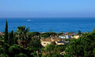 Beachside apartment for sale, Marbella East 0