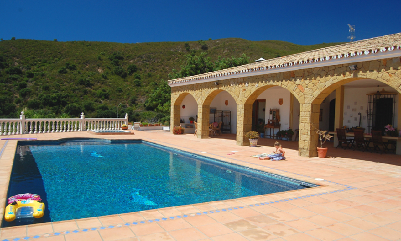 Finca - Villa for sale, Estepona, Costa del Sol 3