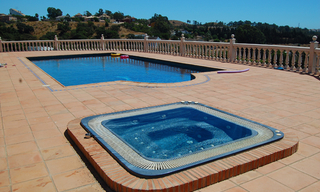 Finca - Villa for sale, Estepona, Costa del Sol 2