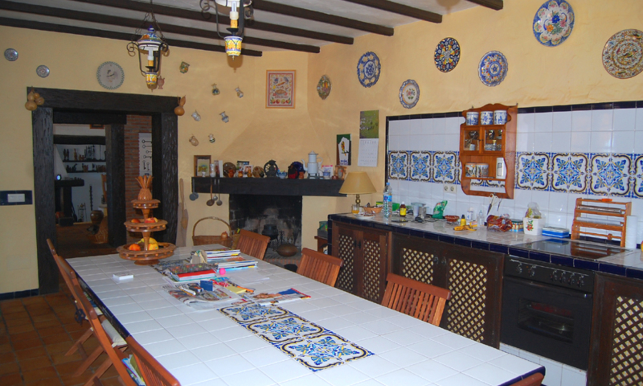 Finca - Villa for sale, Estepona, Costa del Sol 16