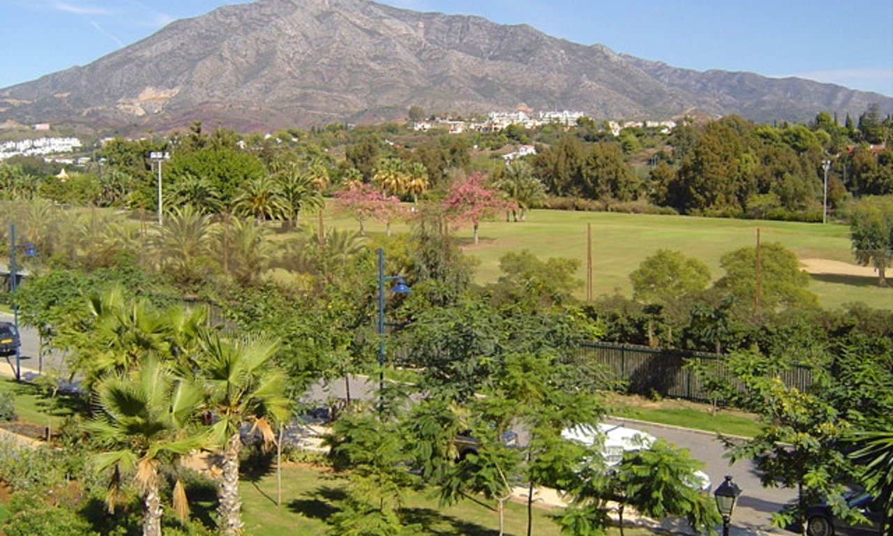 Apartment for sale walking distance from Puerto Banus, Nueva Andalucia, Marbella 1