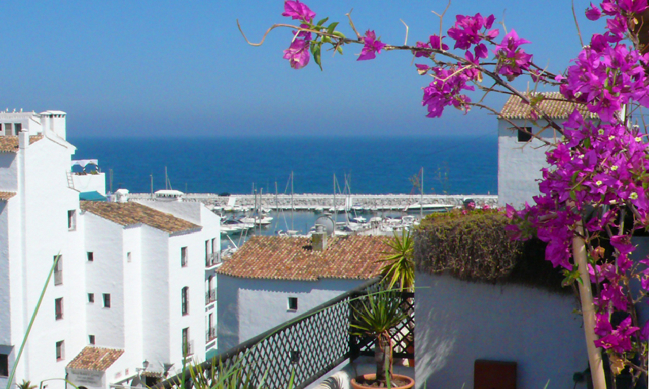 Penthouse apartment for sale in Puerto Banus, Marbella 0