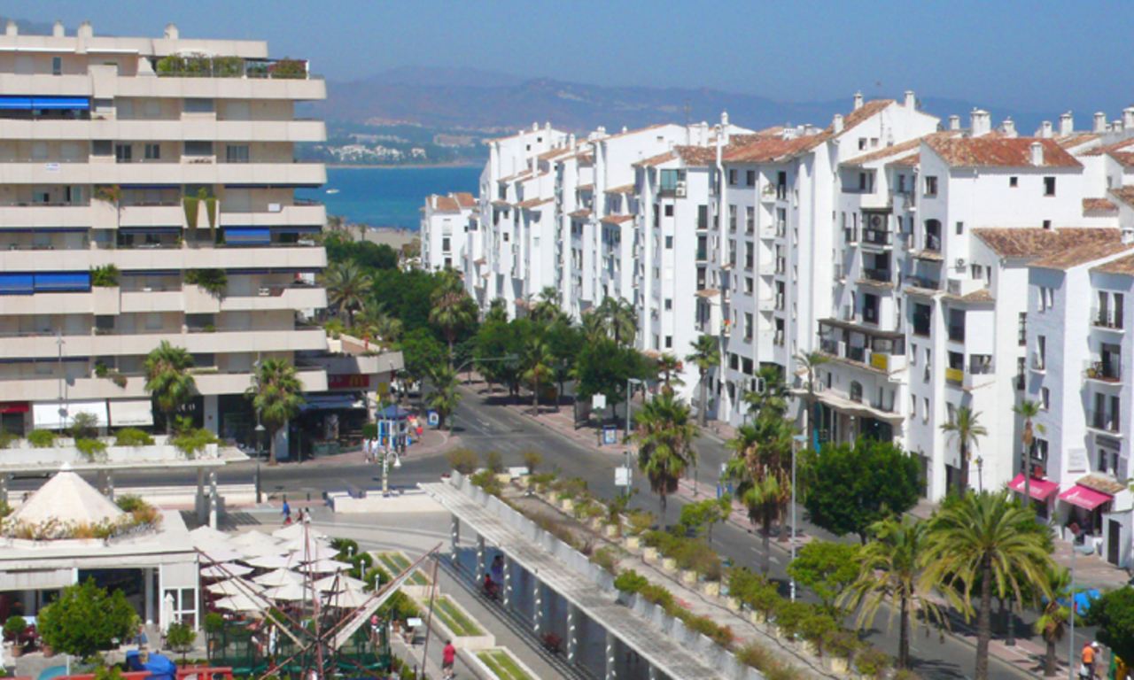 Penthouse apartment for sale in Puerto Banus, Marbella 2