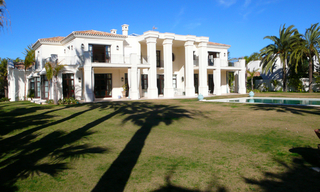 Beachside Villa, palatial property for sale, near beach, Marbella 3