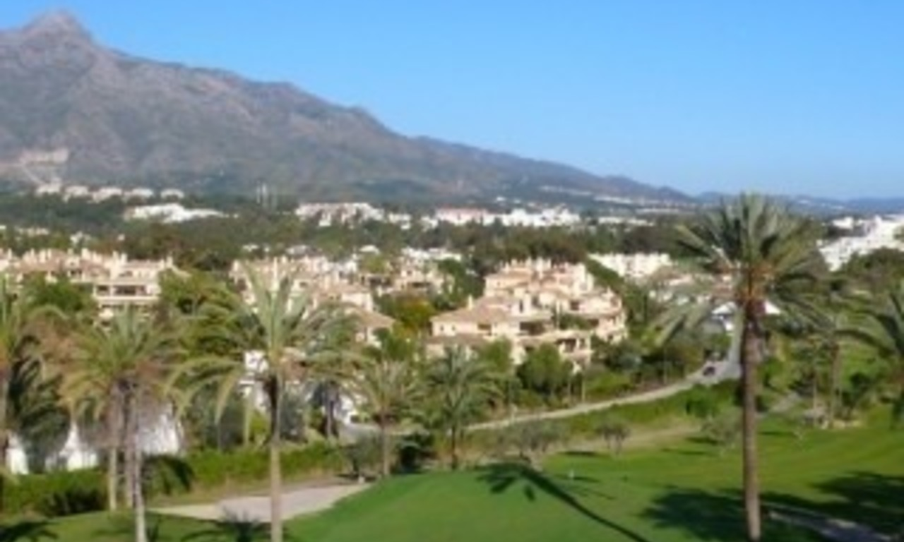 Frontline golf, contemporary villa for sale at Nueva Andalucia - Marbella 5
