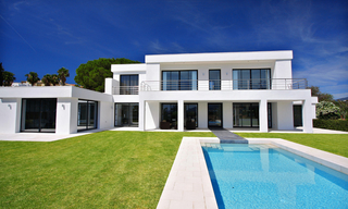 Frontline golf, contemporary villa for sale at Nueva Andalucia - Marbella 2