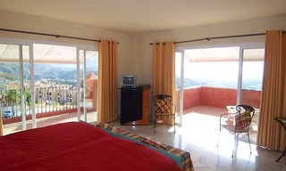 Luxury Penthouse apartment for sale, Nueva Andalucia, Marbella - Benahavis 8