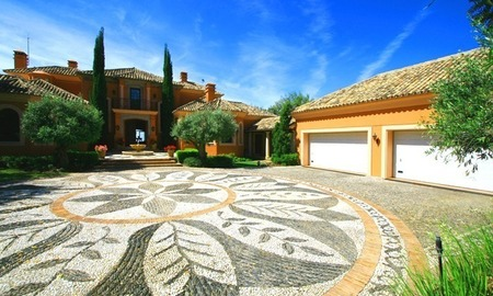 Luxury villa for sale, Gated secure golf resort, Marbella - Benahavis area, gated and secure golf resort 3