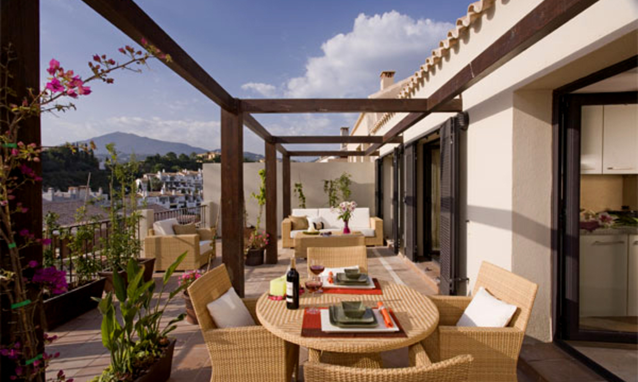 Modern houses for sale in the area of Marbella – Benahavis at the Costa del Sol 10