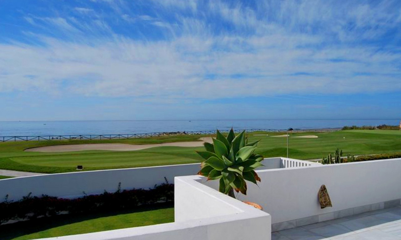 Frontline beach and front line golf villa for sale in Marbella 0