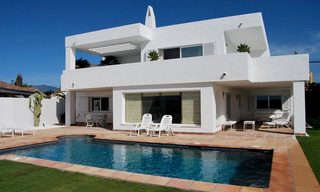 Frontline beach and front line golf villa for sale in Marbella 2