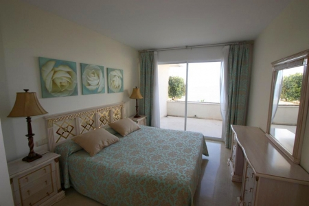 Estepona New Golden Mile for sale: beachfront penthouse 5