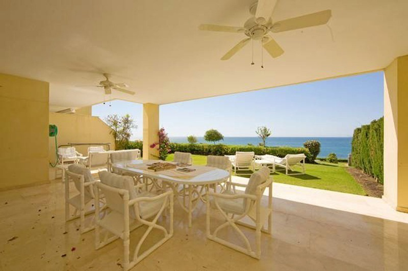 Frontline beach garden apartment for sale in Cabopino, Marbella