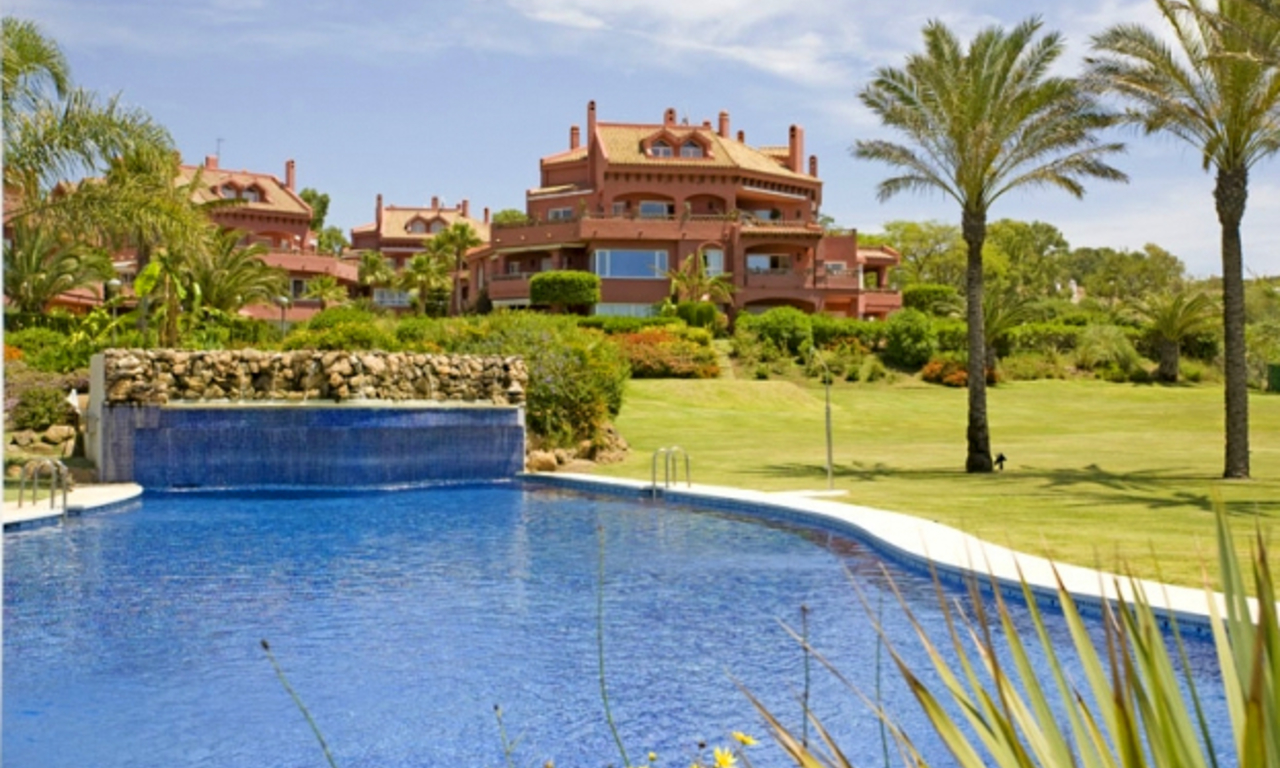 Apartment for sale at frontline beach complex in Elviria, Marbella 0