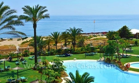 Los Monteros Playa – Marbella: exclusive frontline beach penthouse apartment for sale 1