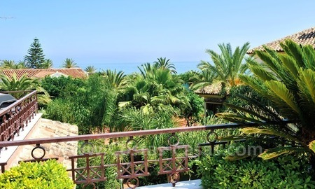 Los Monteros Playa – Marbella: exclusive frontline beach penthouse apartment for sale 9