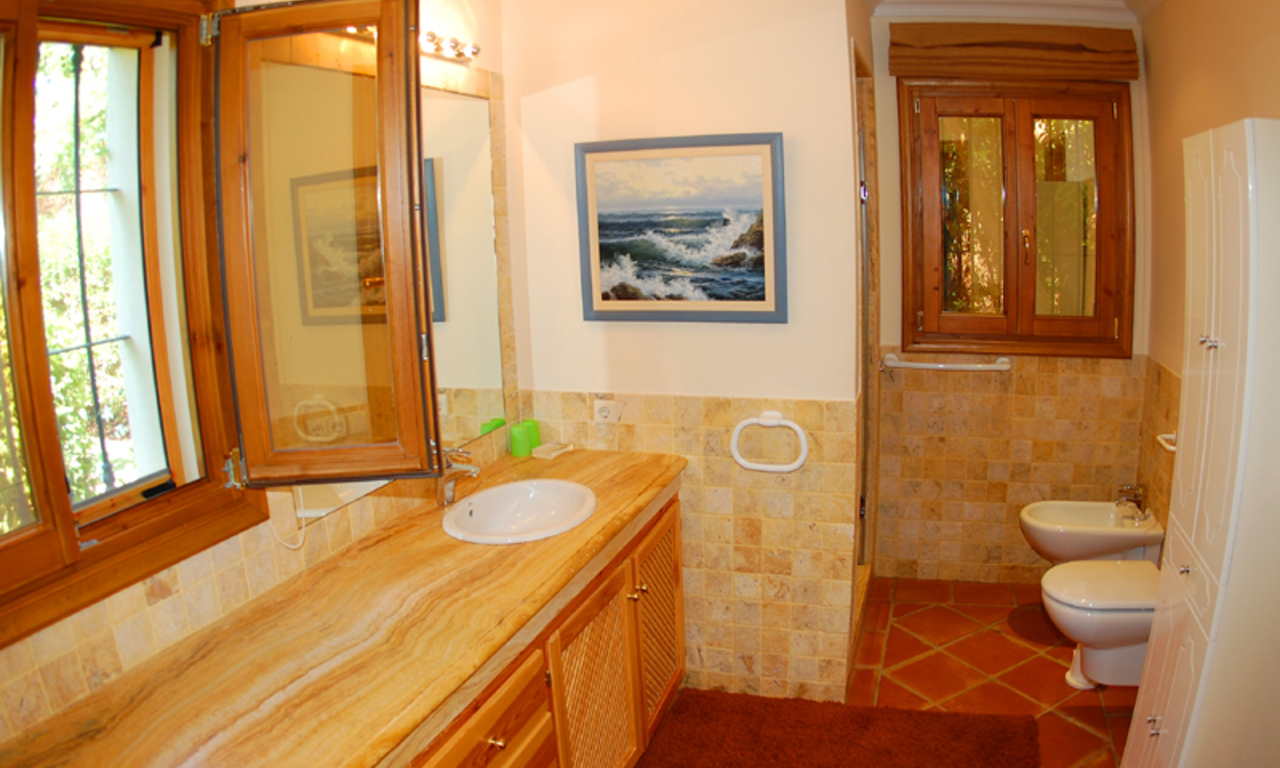 Property for sale in Cascada de Camojan above the Golden Mile in Marbella 28