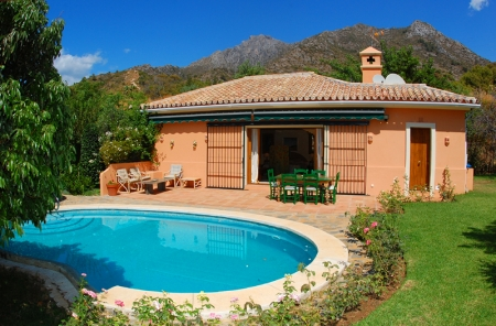 Property for sale in Cascada de Camojan above the Golden Mile in Marbella 25
