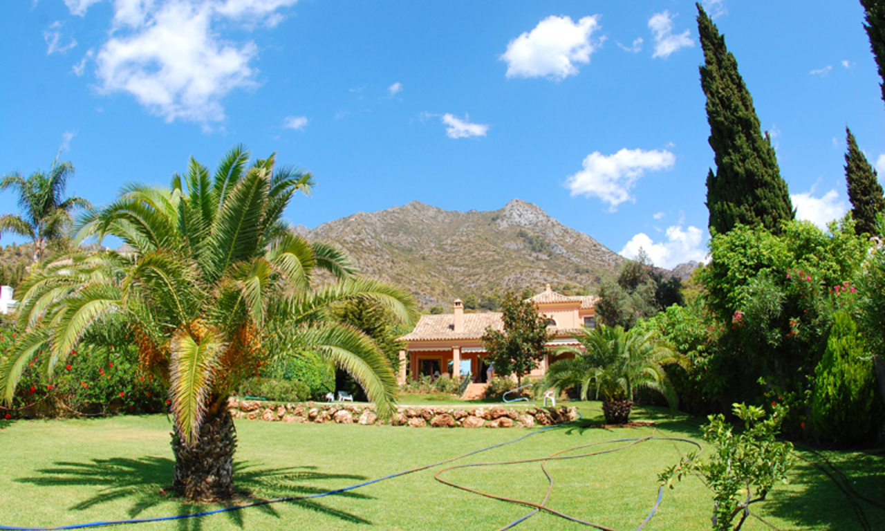 Property for sale in Cascada de Camojan above the Golden Mile in Marbella 0