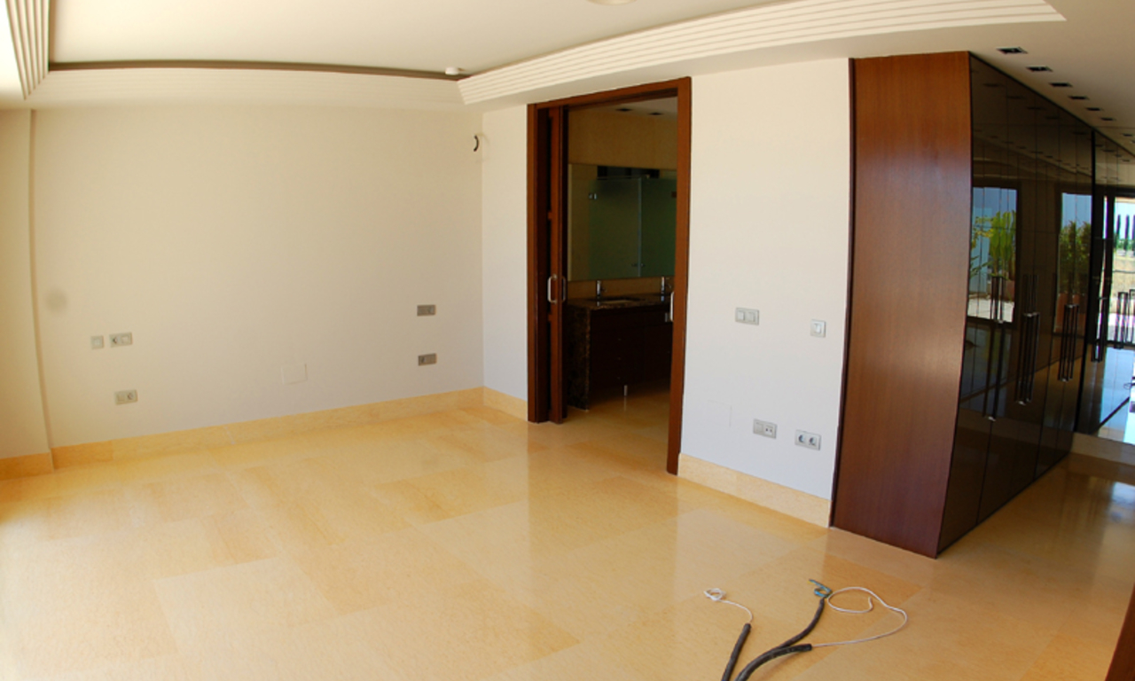New Modern luxury apartment for sale in Nueva Andalucia - Marbella 6