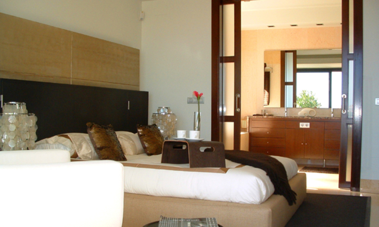New Modern luxury apartments to buy in Nueva Andalucia - Marbella 11