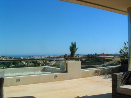 New Modern luxury apartments to buy in Nueva Andalucia - Marbella 8