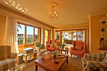 Spacious villa for sale in El Rosario with very nice views in East Marbella 7