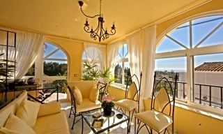 Spacious villa for sale in El Rosario with very nice views in East Marbella 9