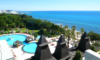 Bargain Luxury Penthouse apartment for sale, beachfront Golden Mile - Marbella centre 0