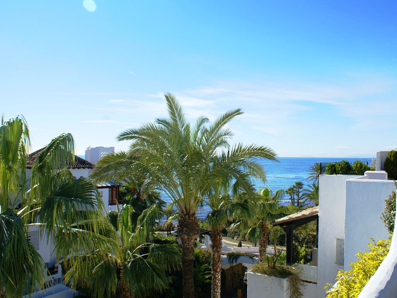 Penthouse apartment for sale in Marina Puente Romano - Golden Mile - Marbella