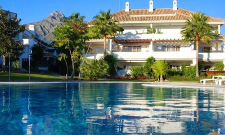Luxury apartment for sale, Golden Mile, Marbella 0