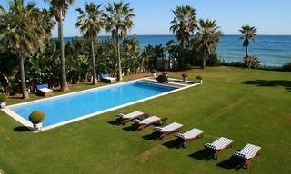 Beachfront luxury villa to buy, Marbella 1