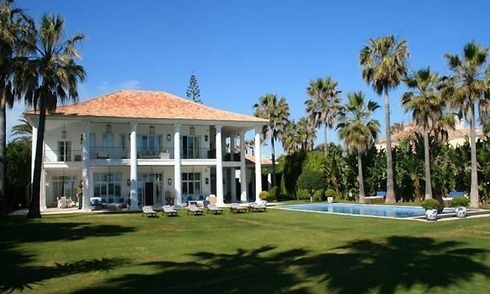 Beachfront luxury villa to buy, Marbella