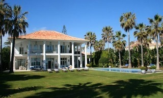 Beachfront luxury villa to buy, Marbella 0