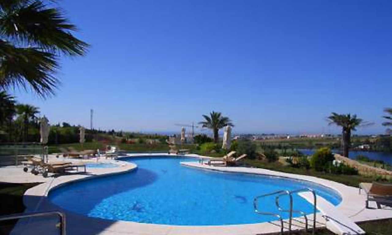 Contemporary luxury villa for sale, frontline golf, Marbella - Benahavis 8