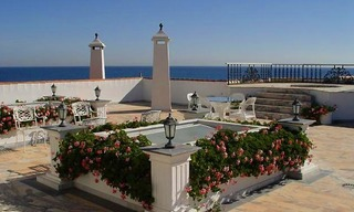 Prestige beachfront villa for sale, Puerto Banus - Marbella 3