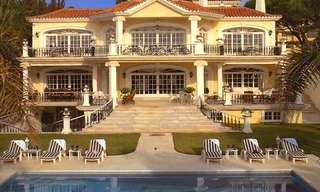Prestige beachfront villa for sale, Puerto Banus - Marbella 0