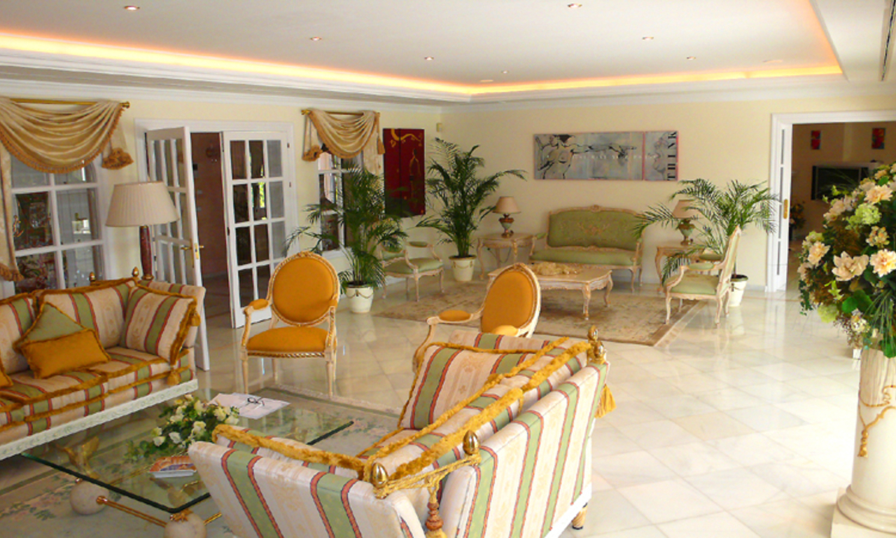 Exclusive new villa to buy, Nueva Andalucia - Marbella 14