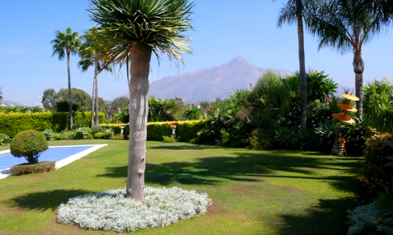 Exclusive new villa to buy, Nueva Andalucia - Marbella 6