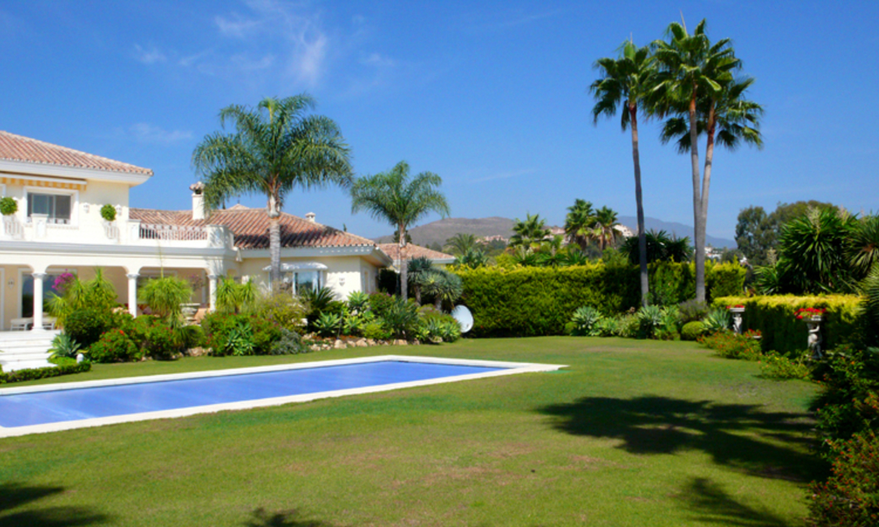 Exclusive new villa to buy, Nueva Andalucia - Marbella 2