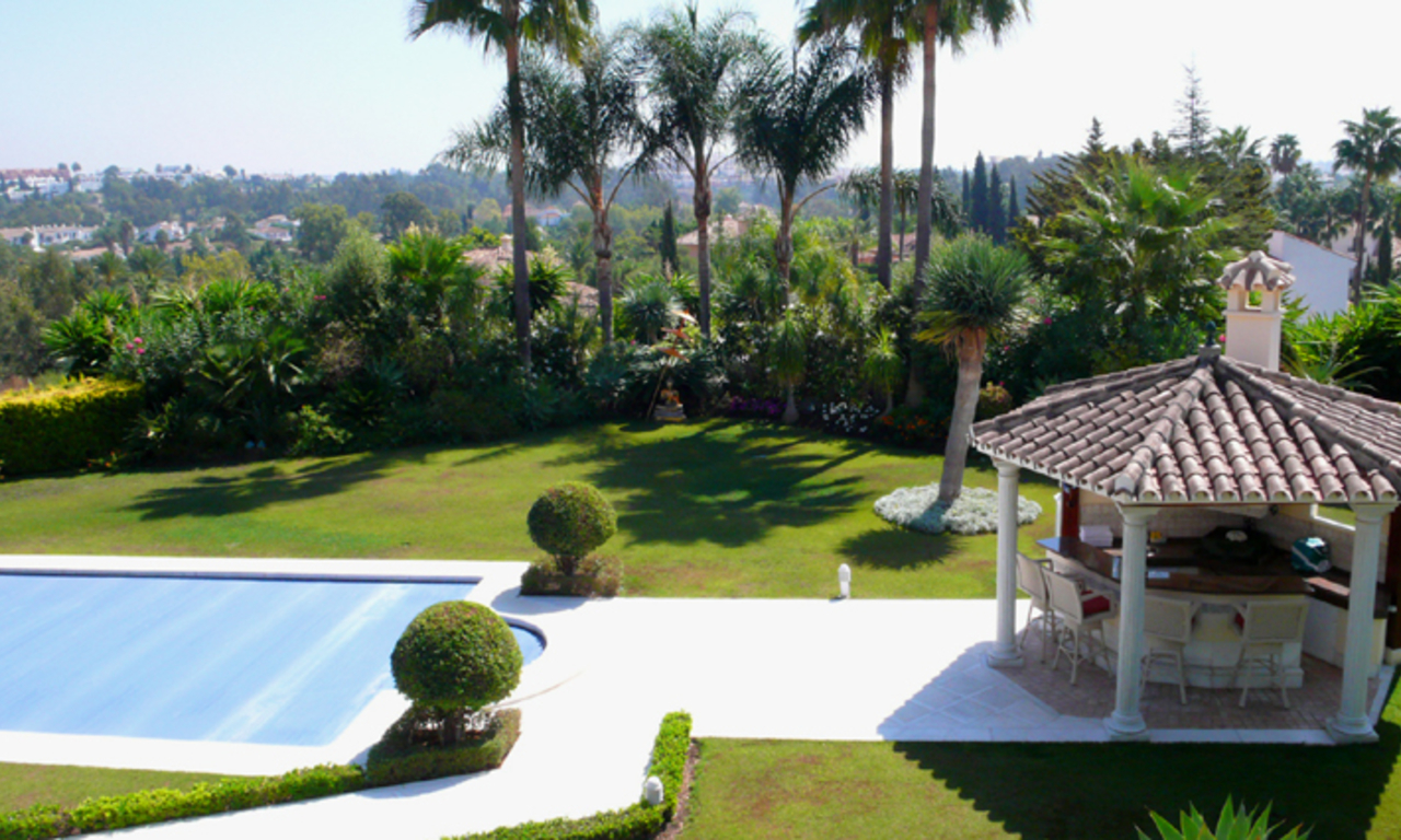 Exclusive new villa to buy, Nueva Andalucia - Marbella 26