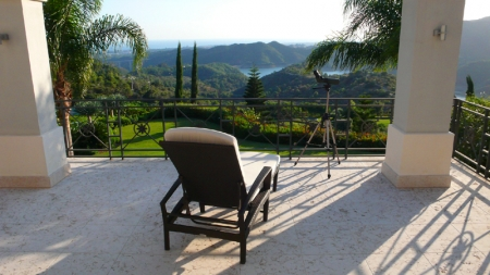 Exclusive luxury villa for sale in Marbella area on a large private plot. 18