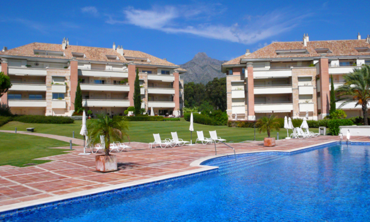 Exclusive apartments for sale, Golden Mile, Marbella - Puerto Banus 1