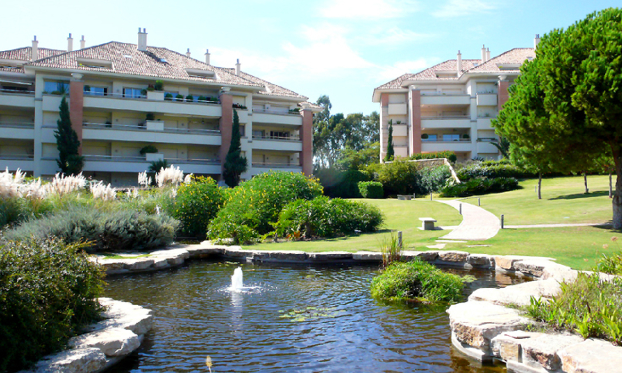 Exclusive apartments for sale, Golden Mile, Marbella - Puerto Banus 5