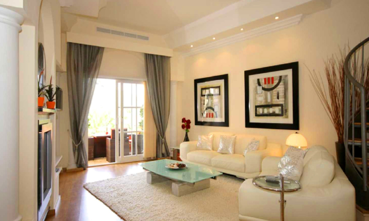 Bargain Townhouse for sale, Golden Mile, Marbella 0