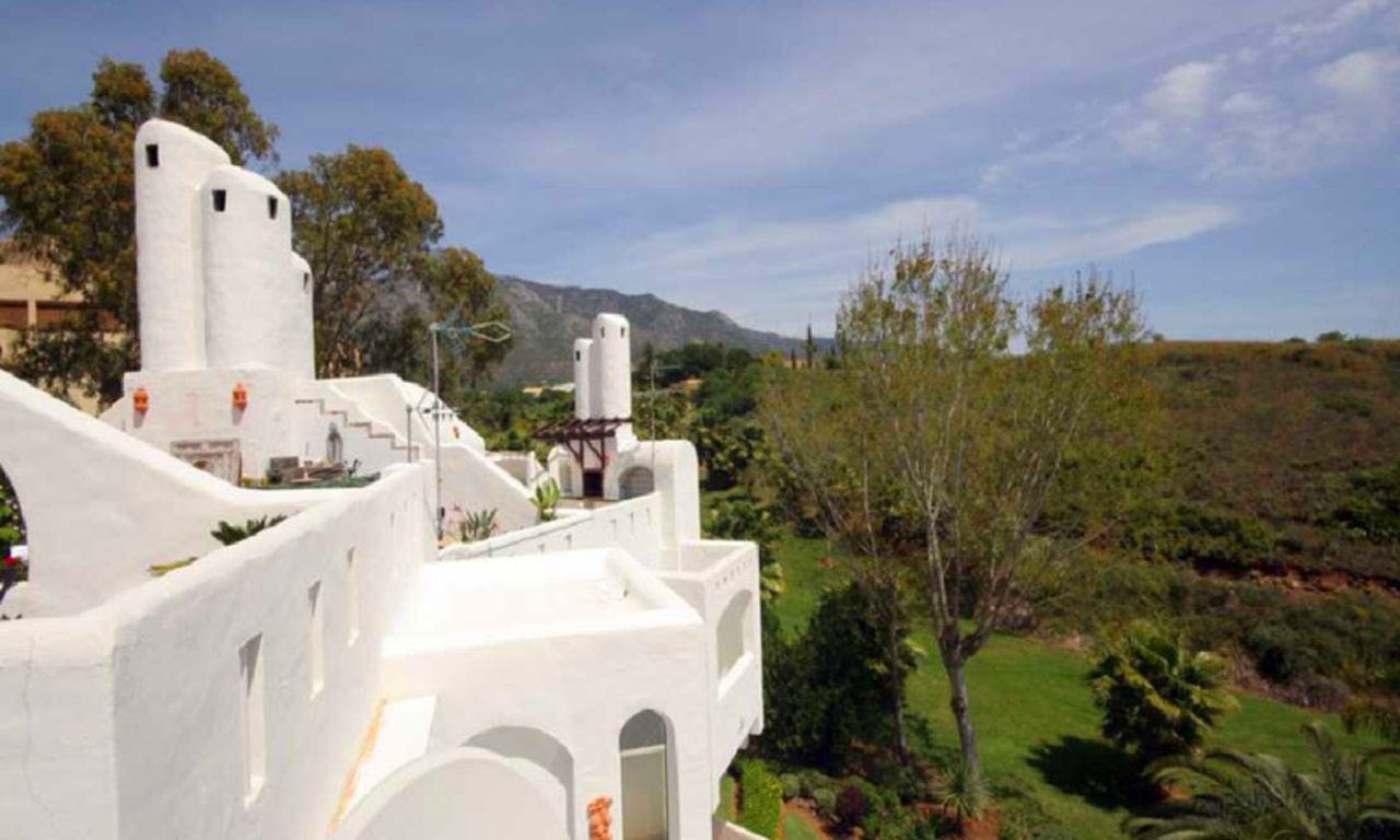 Bargain Townhouse for sale, Golden Mile, Marbella 7